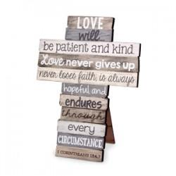 صليب خشب - الحب